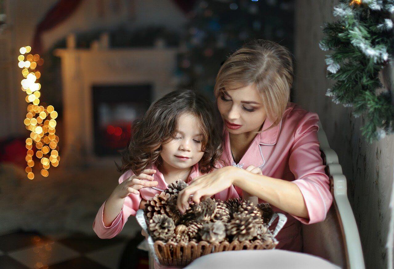 Karácsonyi készülődés gyerekekkel.